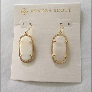 Kendra Scott Dani earrings